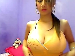 WebCam Beamy Natural Boobs 12