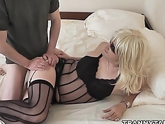 Mistress Andrea fucks crossdressers and sissy sluts