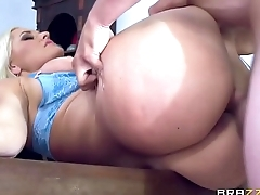 Alena lets him filled her pussy and ass
