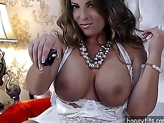 stunning milf with natural big tits, big ass and an amazing tight pussy putting a show on honeytits.