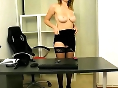 Camgirl Role plays Secretary for Chat - Dirtyyycams.com