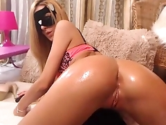 Blond cam girl shows of her body- more videos of her on freakygirlcams.co.uk