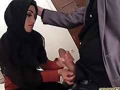 Hot arab babe drag inflate and fuck a huge hard  dick