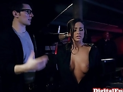 Squirting glam beauty bouncing on cock